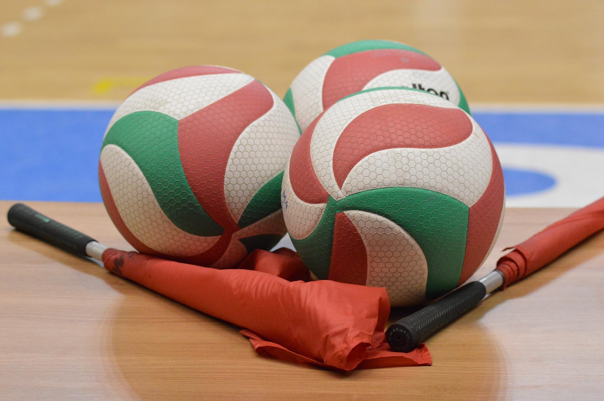 volleyball-2920B70D1-8886-1119-7CDC-7652A523B73B.jpg